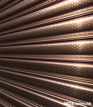 坤記捲閘 各種電動捲閘 手動捲閘 維修 閘門 安裝202 304 316 閘門鋁合金 DIY顏色 鉛水鐵 水晶片 膠片工商用捲閘製造  以做出不同花樣的款 式,歡迎查詢54054286!水晶捲閘。