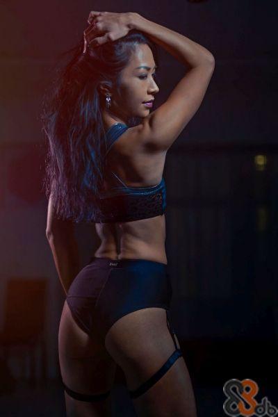 女健身教練 - Stella (私人教練 Personal trainer) 健身課程 ︳體型塑造 ︳消脂 ︳修身 ︳力量訓練 ︳重量訓練 ︳增強肌肉 ︳運動後伸展訓練 ︳